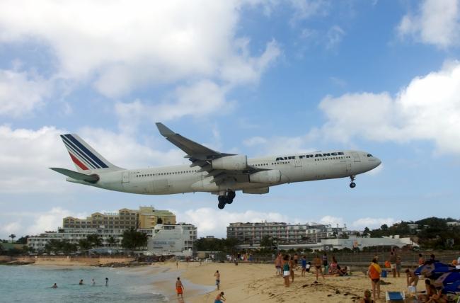 zol素材 高清图片 科技交通图片 航天飞机图片下载